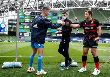 Leinster vs Saracens. Leinster's Johnny Sexton with Referee Pascal Gauzère and Brad Barritt of Saracens at the coin toss