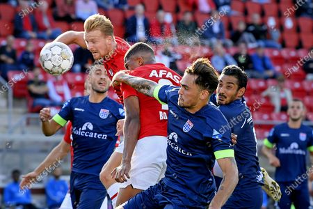 (L-R) AZ Alkmaar players Dani de Wit, Myron Boadu in action against PEC Zwolle players Sam Kersten and Reza Ghoochannejhad during the Dutch Eredivisie match between AZ Alkmaar and PEC Zwolle at the AFAS stadium in Alkmaar, The Netherlands, 19 September 2020.