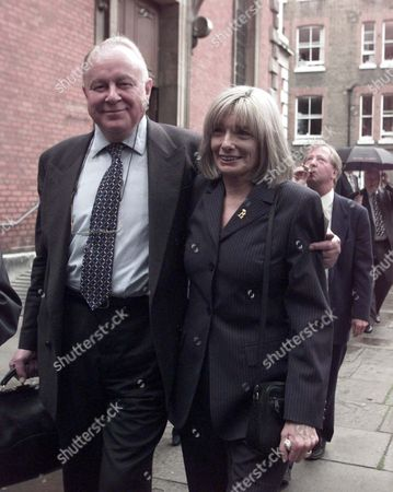 Editorial photo of Willie Rushton Memorial Service At St.pauls' Covent Garden: Arlene Doorgan (check Spelling) Wife Of Willie And Ned Sherrin (died 1st October2007) Join The Humphrey Lyttleton Band As They Lead A Procession Through Covent Gardenn
