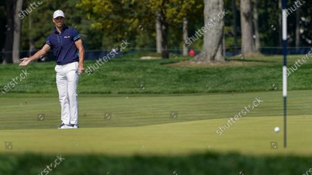 Billy Horschel, of the United States, misses a putt on the fifth green during the final round of the US Open Golf Championship, in Mamaroneck, N.Y