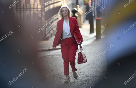 Britain's Secretary of State for International Trade Liz Truss arrives at a cabinet meeting at Downing Street in London, Britain, 22 September 2020. Due to rising cases of coronavirus all pubs, bars, restaurants and other hospitality venues in England must have a 22:00 closing time from 24 September 2020. Further coronavirus restrictions and measures will be set out by the prime minister in the House of Commons on 22 September 2020.