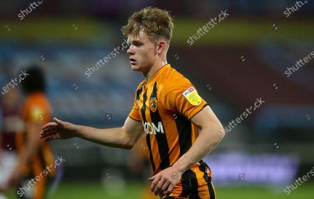 Keane Lewis-Potter of Hull City sky bet  sleeve badge