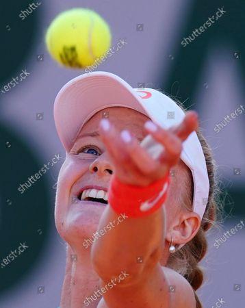 Harriet Dart during her first round qualifying win
