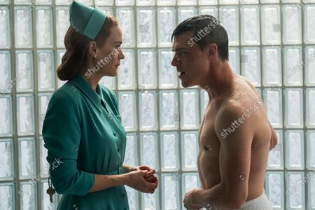 Sarah Paulson as Nurse Mildred Ratched and Finn Wittrock as Edmund Tolleson