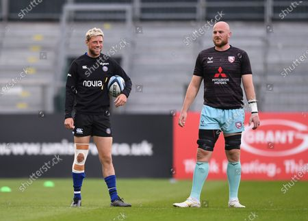 Matt Garvey of Gloucester and Rhys Priestland of Bath talk before kick off; Recreation Ground, Bath, Somerset, England; English Premiership Rugby, Bath versus Gloucester.