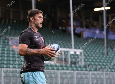 Matt Banahan of Gloucester warms up; Recreation Ground, Bath, Somerset, England; English Premiership Rugby, Bath versus Gloucester.