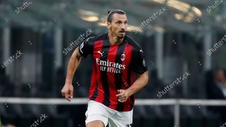 Milan's Zlatan Ibrahimovic controls the ball during the Serie A soccer match between AC Milan and Bologna at the San Siro stadium, in Milan, Italy