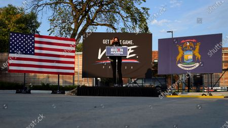 Democratic vice presidential candidate Sen. Kamala Harris, D-Calif., speaks at the Detroit Pistons practice facility in Detroit