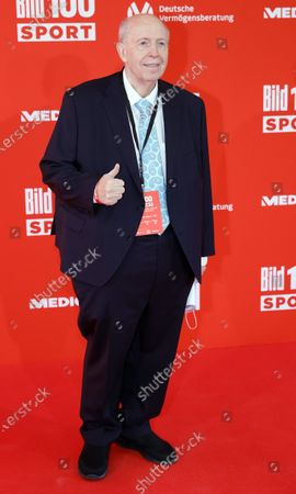 Former soccer manager Reiner Calmund poses on the red carpet during 'Bild100 Sport' in Frankfurt am Main, Germany, 23 September 2020. The event invites 100 of the most important and influential German and international personalities of politics, economics and sport.