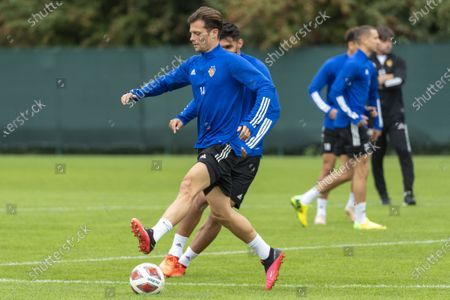 FC Basel's captain Valentin Stocker (C) during a training session in Basel, Switzerland, 23 September 2020. Switzerland's FC Basel 1893 will face Cyprus' Anorthosis Famagusta FC in the UEFA Europa League third qualifying round soccer match on 24 September.