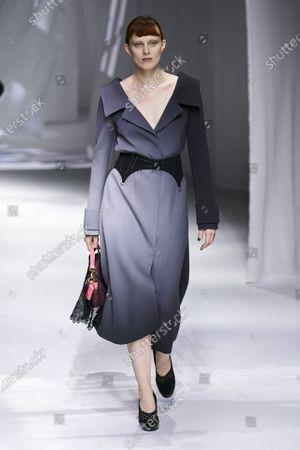 Karen Elson on the catwalk