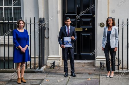 Editorial photo of Rishi Sunak heads off to Parliament to make his Winter Economy Plan statement, on funding the next stage of the Coronavirus Restrictions., Downing Street, London, UK - 24 Sep 2020