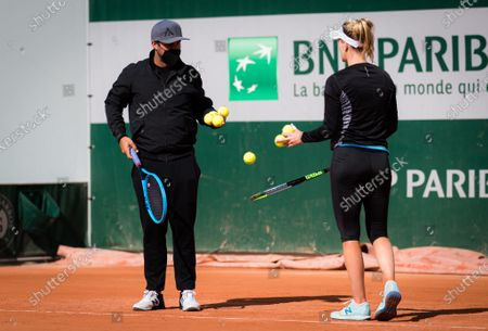 Alison Riske of the United States with coach Billy Heiser during practice before the start of the 2020 Roland Garros Grand Slam tennis tournament