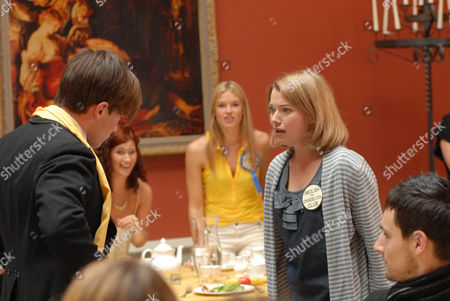 Picture shows: Dorian [Christian Cooke], Rosalind [Isabella Calthorpe] and Charlotte Arc [Antonia Bernath]