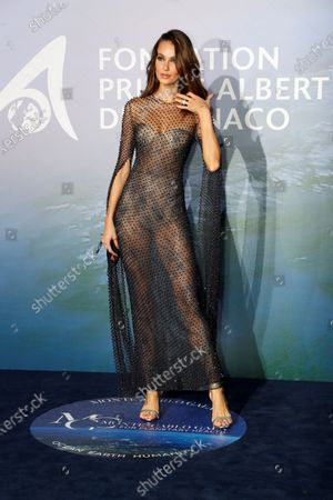 Sofia Resing poses on the red carpet ahead of the 2020 Monte-Carlo Gala for Planetary Health in Monaco, 24 September 2020.