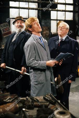 'Spring' David Gillies as Ginger, Bill Maynard as The Gaffer, Fred Moffatt and Robert Dorning as Potter.