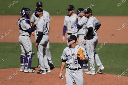 Stock Image of Colorado Rockies' Chi Chi González leaves the team's baseball game against the San Francisco Giants during the sixth inning in San Francisco