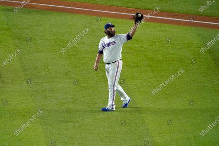 Texas Rangers' Lance Lynn (35) works against the Houston Astros in a baseball game in Arlington, Texas