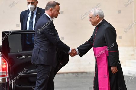 Polish President Andrzej Duda (C) arrives in the courtyard of St. Damasius at the Vatican City 25 September 2020. Pope Francis received the Polish President Andrzej Duda and his wife Agata Kornhauser-Duda in a private audience.