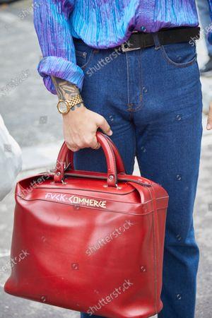 Street style, bag detail