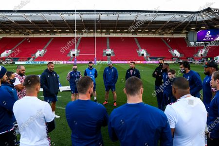 Bristol Bears Director of Rugby Pat Lam addresses his side
