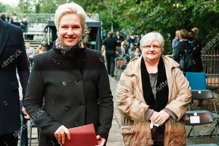 """Mecklenburg-Western Pomerania State Premier Manuela Schwesig (L), who was born and raised in Seelow, and her mother mother Karla Frenzel (R) attend a memorial concert on the occasion of the end of WWII, 75 years ago, in Seelow, Brandenburg, Germany, 25 September 2020. On the Seelower Heights (Seelower Hoehen), from 16 to 19 April 1945 one of the bloodiest battles of the Second World War took place The concert in commemoration, had to be canceled in may 2020, due to the coronavirus crisis. The Brandenburgisches Staatsorchester Frankfurt performed the 7th Symphony in C major, op. 60 by Dmitri Shostakovich, the """"Leningrad Symphony""""."""