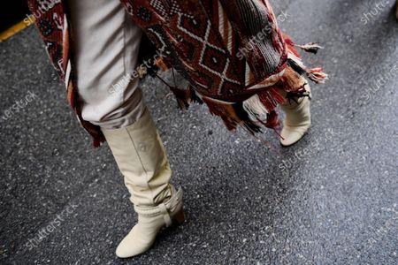 Tamara Kalinic, shoe detail