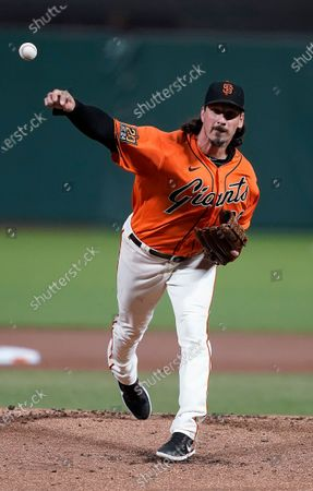 San Francisco Giants pitcher Jeff Samardzija works against the San Diego Padres during the first inning of the second game of a baseball doubleheader, in San Francisco