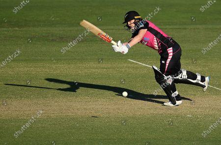 New Zealand batsman Katey Martin plays a shot during the T20 International match between Australia and New Zealand at Allan Border Field in Brisbane, Australia, 26 September 2020.