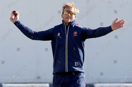 Simon Harmer of Essex warms up during Somerset CCC vs Essex CCC, Bob Willis Trophy Final Cricket at Lord's Cricket Ground on 26th September 2020