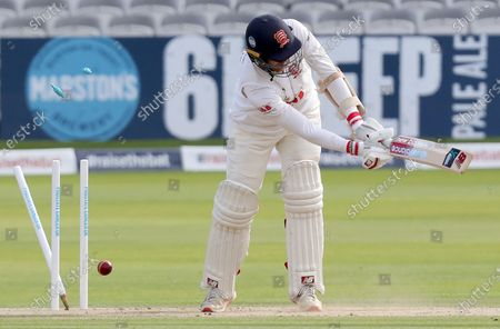 Jamie Porter of Essex is bowled by Lewis Gregory during Somerset CCC vs Essex CCC, Bob Willis Trophy Final Cricket at Lord's Cricket Ground on 26th September 2020
