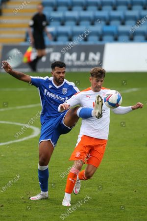 Gillingham's Jacob Mellis and Ethan Robson of Blackpool challenge for the ball during Gillingham vs Blackpool, Sky Bet EFL League 1 Football at the MEMS Priestfield Stadium on 26th September 2020