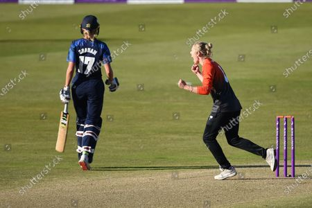 Georgia Adams of Southern Vipers celebrates the wicket of Phoebe Graham and  win the Rachael Heyhoe flint trophy