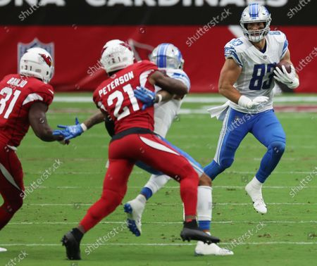 Detroit Lions tight end Jesse James heads upfield after catching a pass from Matthew Stafford, during the fourth quarter of their NFL game against the Arizona Cardinals in Glendale, Arizona, USA. 27 September 2020.