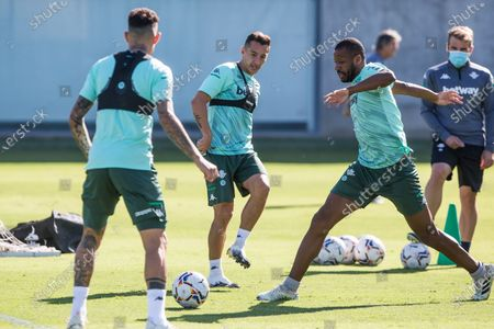 Andres Guardado and Sidnei Rechel during training of Real Betis Balompie at Luis del Sol Sport City on September 28, 2020 in Sevilla, Spain.