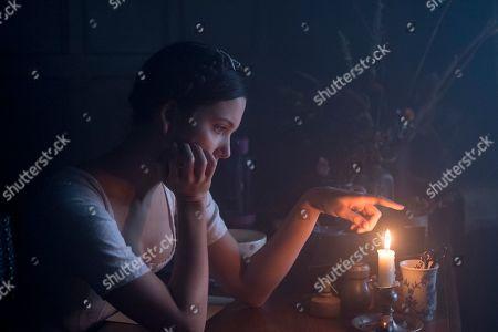 Hannah Rae as Lara