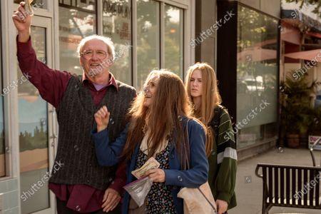 Stock Photo of Richard Jenkins as Robert Dyne, Debra Winger as Theresa Dyne and Evan Rachel Wood as Old Dolio Dyne