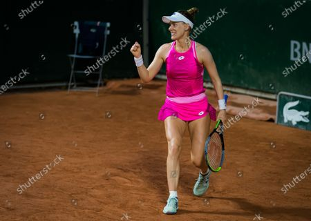 Alison Riske of the United States in action during the first round at the 2020 Roland Garros Grand Slam tennis tournament