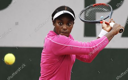 Sloane Stephens of the US eyes the ball during her first round match against Vitalia Diatchenko of Russia at the French Open tennis tournament at Roland Garros in Paris, France, 29 September 2020
