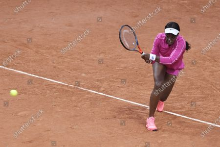 Sloane Stephens of the US hits a backhand during her first round match against Vitalia Diatchenko of Russia at the French Open tennis tournament at Roland Garros in Paris, France, 29 September 2020.
