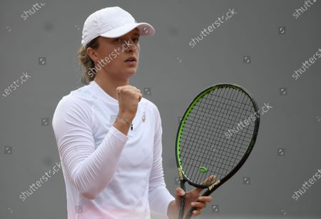 Iga Swiatek of Poland reacts as she plays  Su-Wei Hsieh of Taiwan during their women's second round match during the French Open tennis tournament at Roland Garros in Paris, France, 30 September 2020.