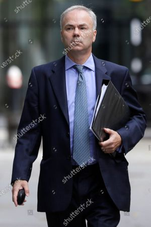ภาพสต็อกของ Justin Rushbrooke QC who is representing Meghan, the Duchess of Sussex arrives at the High Court in London, . A judge at the High Court in London will rule on the latest stage of the Duchess of Sussex's privacy claim against Associated Newspapers Limited (ANL