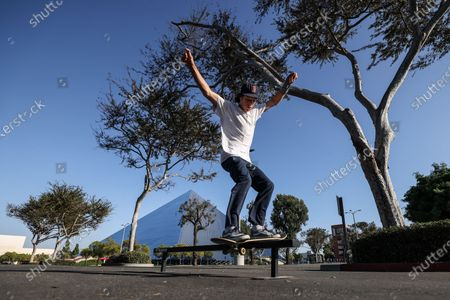 Stock Image of Long Beach, CA, Monday, September 29, 2020 - Sam Smith skates in a an empty parking lot at Cal State Long Beach where five students tested positive for Covid-19, prompting a campus-wide quarantine. All students living on-campus will be tested for the virus, and in-person classes have been canceled for the next two weeks (Robert Gauthier/ Los Angeles Times)