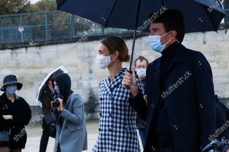 Natalia Vodianova and Antoine Arnault at the Dior Spring Summer 2021 fashion show in the Jardin des Tuileries