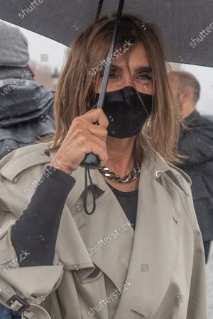 Carine Roitfeld wears a protective face mask upon arrival to attend the Dior Womenswear Spring/Summer 2021 show as part of the Paris Fashion Week, in Paris, France, 29 September 2020. The fashion week runs from 29 September to 06 October 2020.
