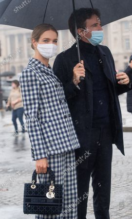 Model Natalia Vodianova and her husband Antoine Arnault pose for the media upon arrival to attend the Dior Womenswear Spring/Summer 2021 show as part of the Paris Fashion Week, in Paris, France, 29 September 2020. The fashion week runs from 29 September to 06 October 2020.