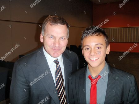 Tom Daley Swimmer With Ray Stubbs Television Presenter At The Bbc Sports Personality Of The Year Awards In Liverpool.