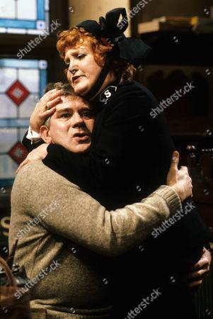 Brian Rawlinson as Matthew and Patsy Rowlands as Sister Alice Meredith.
