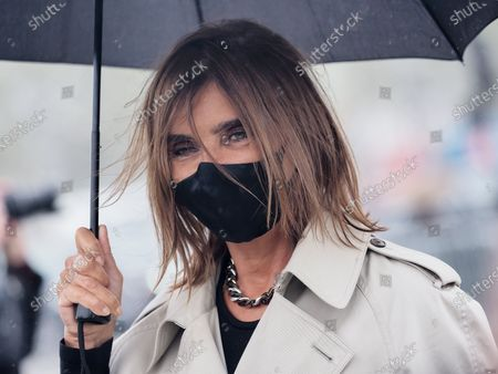 Carine Restoin-Roitfeld attends the Dior Womenswear Spring/Summer 2021 show