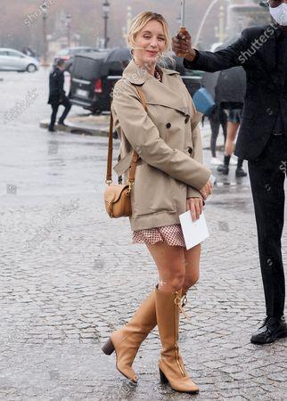 Ludivine Sagnier attends the Dior Womenswear Spring/Summer 2021 show